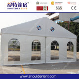 白いファブリックを持つ1000人のための熱い防水イベントのテント