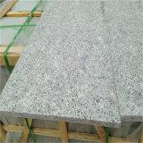La piedra natural embaldosa el granito gris claro para la pared de interior y exterior