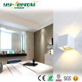 長い寿命の保証6With10W屋外LEDの壁ライト
