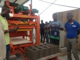 Machine de fabrication de brique automatique de Qtj4-26c à vendre dans la machine de moulage de bloc de la colle du Bangladesh