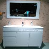 Mobilia del Governo di stanza da bagno del MDF con il grandi bacino e piedi di ceramica