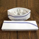 Forraje de papel gorro, sombrero de cocinero de papel con una franja azul