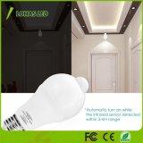 Lâmpada automática de movimentos PIR E26 Luz do LED do sensor de 9 W