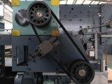 Máquina que corta con tintas del rectángulo acanalado con la unidad que elimina