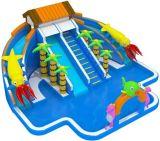 팽창식 물 공원 및 팽창식 수영장은 팽창식 활주와 결합했다