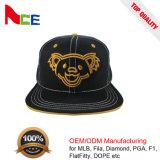 Líneas en negrilla 2017 del oso de la carta del bordado de la venta al por mayor sombrero del casquillo del Snapback para los niños