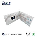 Cartões video do LCD de 2.8 polegadas usando-se para o cumprimento do casamento do negócio que anuncia o aniversário