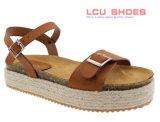 2018 chaussures plates de chaussures de femmes de santals de talon de cale avec la courroie