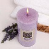 Vela púrpura del pilar de la fragancia de la lavanda para la decoración casera