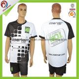 Miúdos feito-à-medida da qualidade tailandesa do espaço em branco do fabricante da camisa do futebol das mulheres futebol Jersey