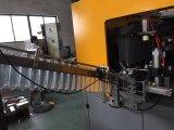 Machine de soufflage de corps creux de l'eau minérale de 4 cavités avec la baisse automatique de bouteille