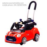 O estilo novo barato caçoa o carro elétrico com barra do impulso