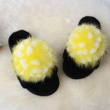 100%の女性および人の毛皮のスリッパのための実質の羊皮の毛皮のホーム靴