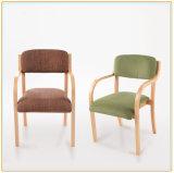 曲がった木製の現代デザイン片持梁椅子