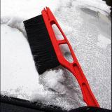 Coche telescópico nieve limpieza cepillo con un rascador de hielo negro