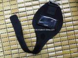Haltbarer Neopren-Telefon-Beutel angebracht auf Arm