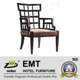 Chaise en bois d'accoudoir d'hôtel de modèle chinois (EMT-HC85)