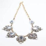 De nieuwe Juwelen van de Manier van de Halsband van de Oorring van het Punt van de Parel van de Steen van het Kristal van het Ontwerp