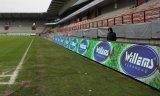 Visualizzazione di LED di perimetro di gioco del calcio