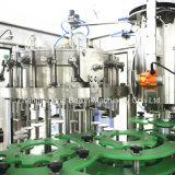 Máquina de relleno y que capsula de la bebida carbónica en botella plástico
