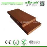 O composto de plástico para WPC (madeira) Placa em deck sólido para a decoração exterior