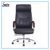 Cadeira de couro do escritório do plutônio do preto ergonómico do projeto