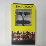 Sport che eseguono la cuffia di Bluetooth