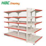 Na posição vertical e camadas de supermercado Shelgings com diferentes