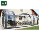 En el exterior del bastidor de aluminio de Patio cubiertas y Roofings
