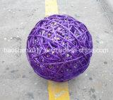 Bola del sauce para la decoración