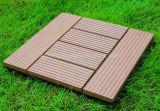 Напольные легкие устанавливают WPC DIY блокируя деревянные плитки PE