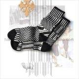 Heiße Verkaufs-Form-Schule-Art-Kursteilnehmer-Kleid-Socke