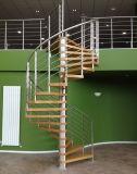 Trilhos de madeira do cabo do aço inoxidável do passo das escadarias quentes da espiral do Sell