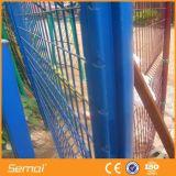 Твиновская загородка ячеистой сети двойника загородки сетки с сползая стробом