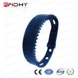 Wristband stabile e lungo di frequenza ultraelevata RFID di distanza della lettura