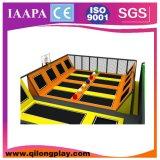 Trampolino dell'interno di salto divertente 2015 con il sistema di sicurezza