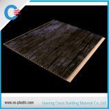 Panneau de mur plat stratifié en bois de garage de PVC de plafond de PVC de modèle