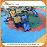 Azulejo de suelo de goma de la alfombra de goma al aire libre antirresbaladiza para el patio de los niños