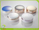 Estetica che impacca con il vaso della crema del cuscino d'aria di Bb dello specchio