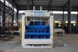 Vollautomatischer konkreter Kleber-Ziegelstein-Straßenbetoniermaschine-Block, der Maschine im Aufbau herstellt