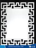 装飾のための不規則な銀製の綴りミラー