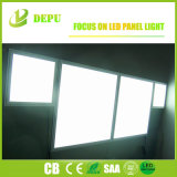 40W 100lm/W 595X595 LEDの天井板は平らな天井板ライトをつける