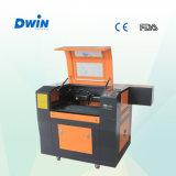 Máquina De Laser De CO2 De Corte De Gravação De Mini Gravação De Borracha (DW6040)