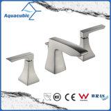 Robinet de lavabo de salle de bains à trois trous en laiton Upc