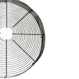 Riche sur le fil métallique du couvercle du ventilateur de soufflante du moteur industriel