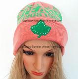 100%のアクリルの刺繍された帽子によって編まれる帽子の帽子によって編まれる帽子