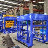 La tierra Qt10-15 comprimió el bloque partido de la pavimentadora de la cara que hacía precio de la máquina