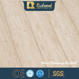 Commercial 12.3mm E0 Parquet Walnut V-Grooved Waterproof Stratifié Bois