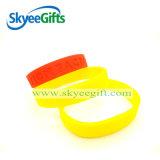 Faire des bracelets personnalisés Logo Debossed Prix très bon marché