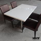 食堂のためにセットされる固体表面の白い石4のSeaterの正方形表